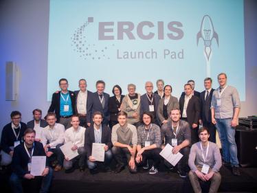 Launch Pad-Teilnehmer mit Jury